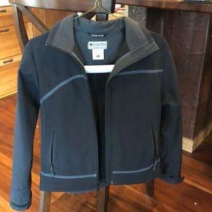 Columbia shell jacket size small